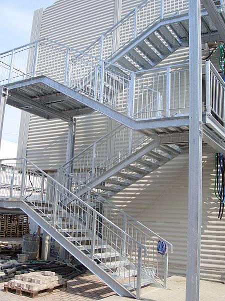 Scale da esterno interno reggiani scaffalature - Scale da esterno in ferro ...